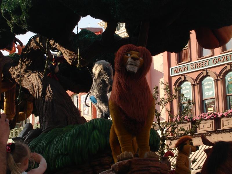 Disneyland du 8 au 10 juillet et Paris du 14 au 15 août 2013, avec les enfants - Page 4 Dsc04648