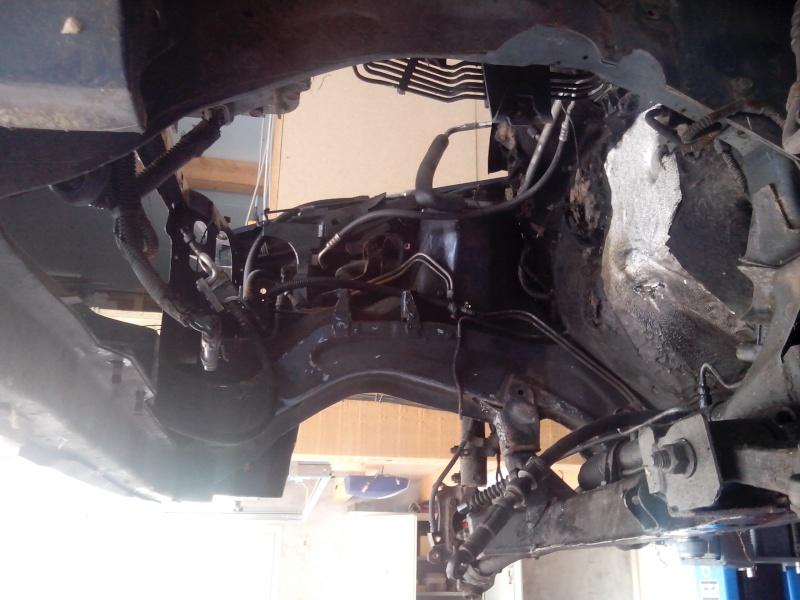 dépose moteur 2.5 TD Img_2025