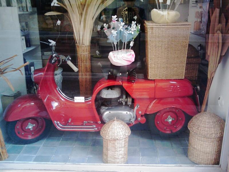 Foto di moto d'epoca o rare avvistate per strada - Pagina 11 Image_18
