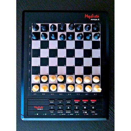 Mephisto - Europa A (École D'échecs A)  Mephis11