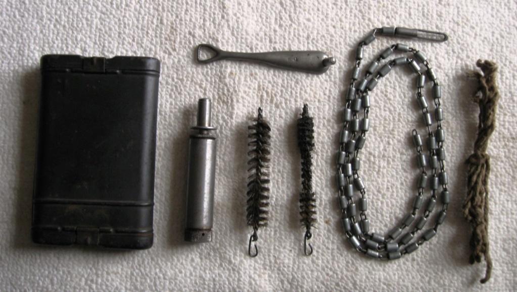 Boite d'outils de nettoyage de fusil ww2 allemande 08610