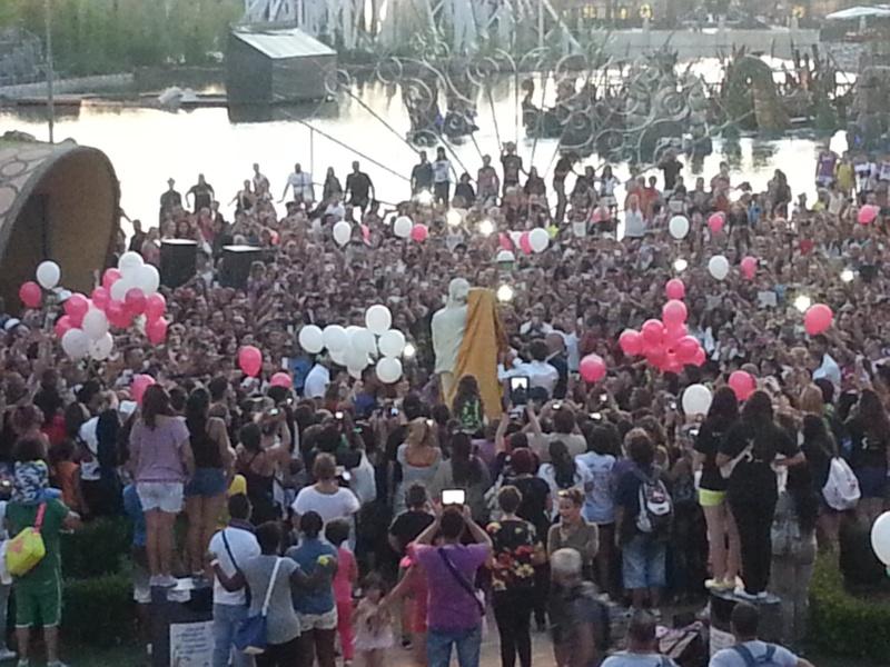 Evento Magicland - Inaugurazione prima statua dedicata a Michael in Italia - Pagina 7 20130818