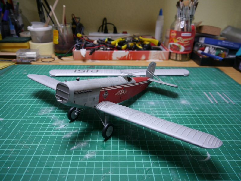 Flugzeughangar aus Karton - Seite 2 P1000062