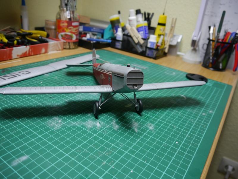 Flugzeughangar aus Karton - Seite 2 P1000063