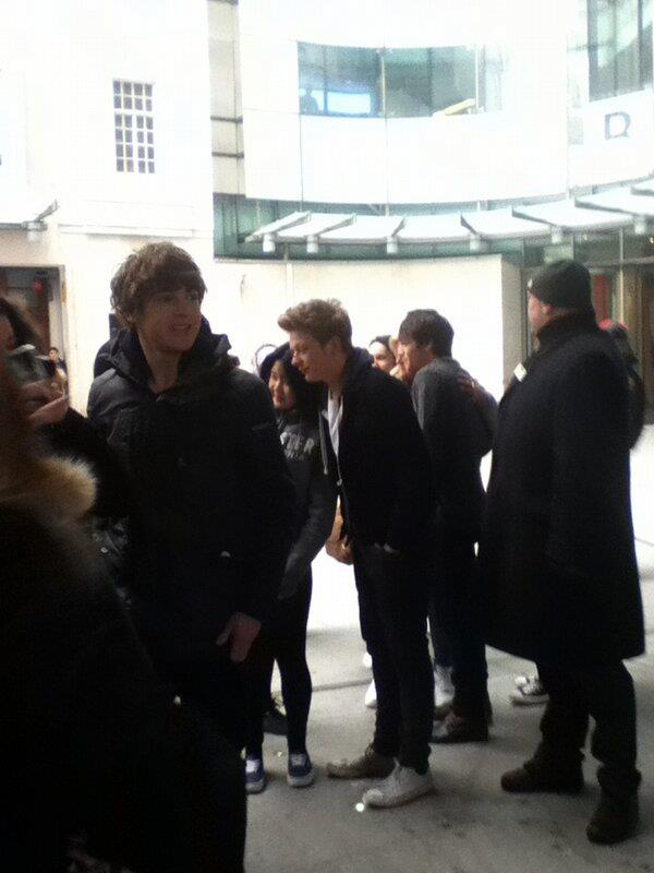 23.02.13 - BBC Radio 1 924