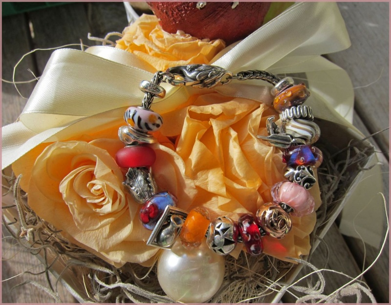 Update Faery-Queen Maxima Bracelet and new Tulip Lock Img_6311