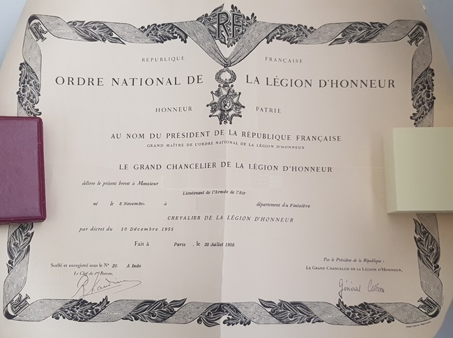 Diplôme Légion Honneur avec mention Indo ???? 20200514