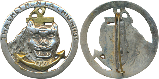 Insigne pucelle Indochine  FR. THA CHET HON Pc840210