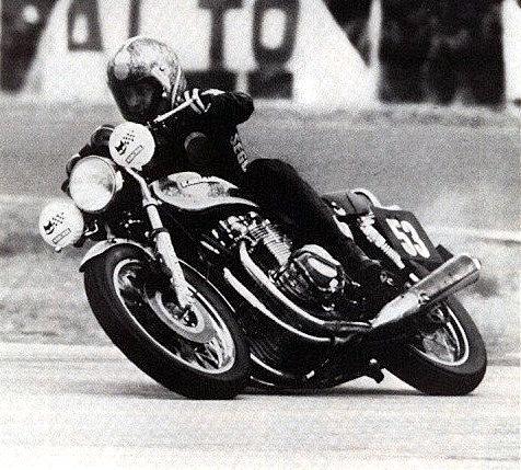 Une moto pour la piste... A110