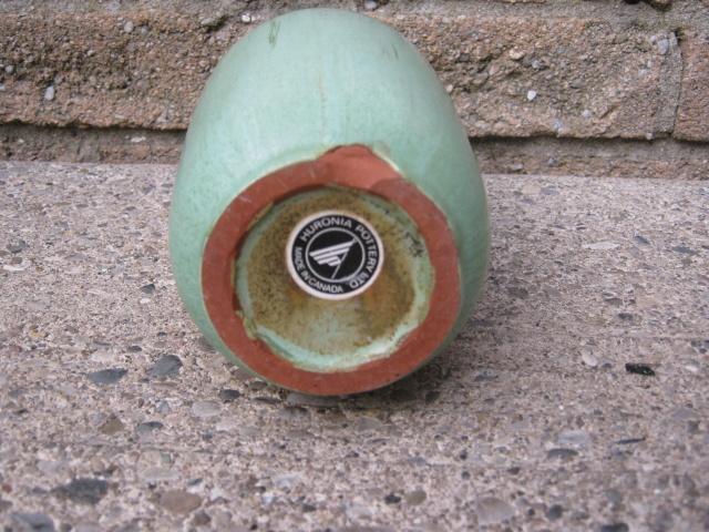 Huronia Pottery (Ontario, Canada) Potter63
