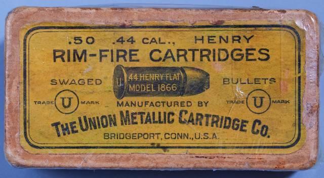 Boites de munitions antiques...... 44_hen11