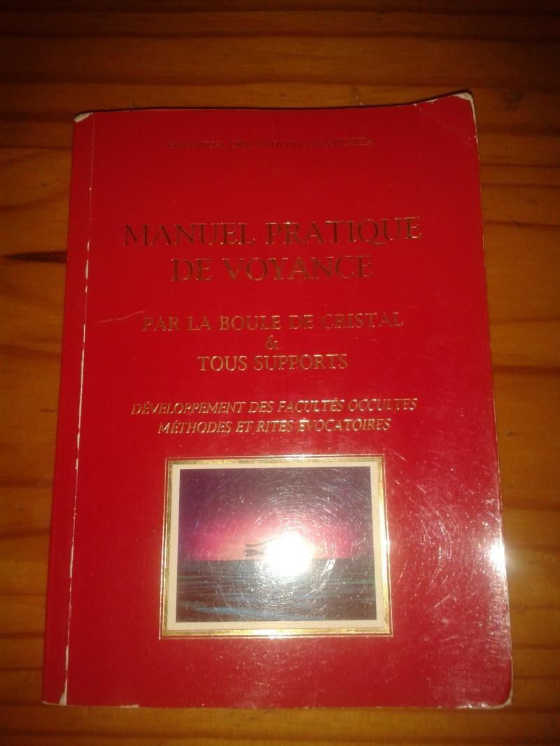 Livre manuel pratique de voyance par la boule de christal et tout support 2013-027