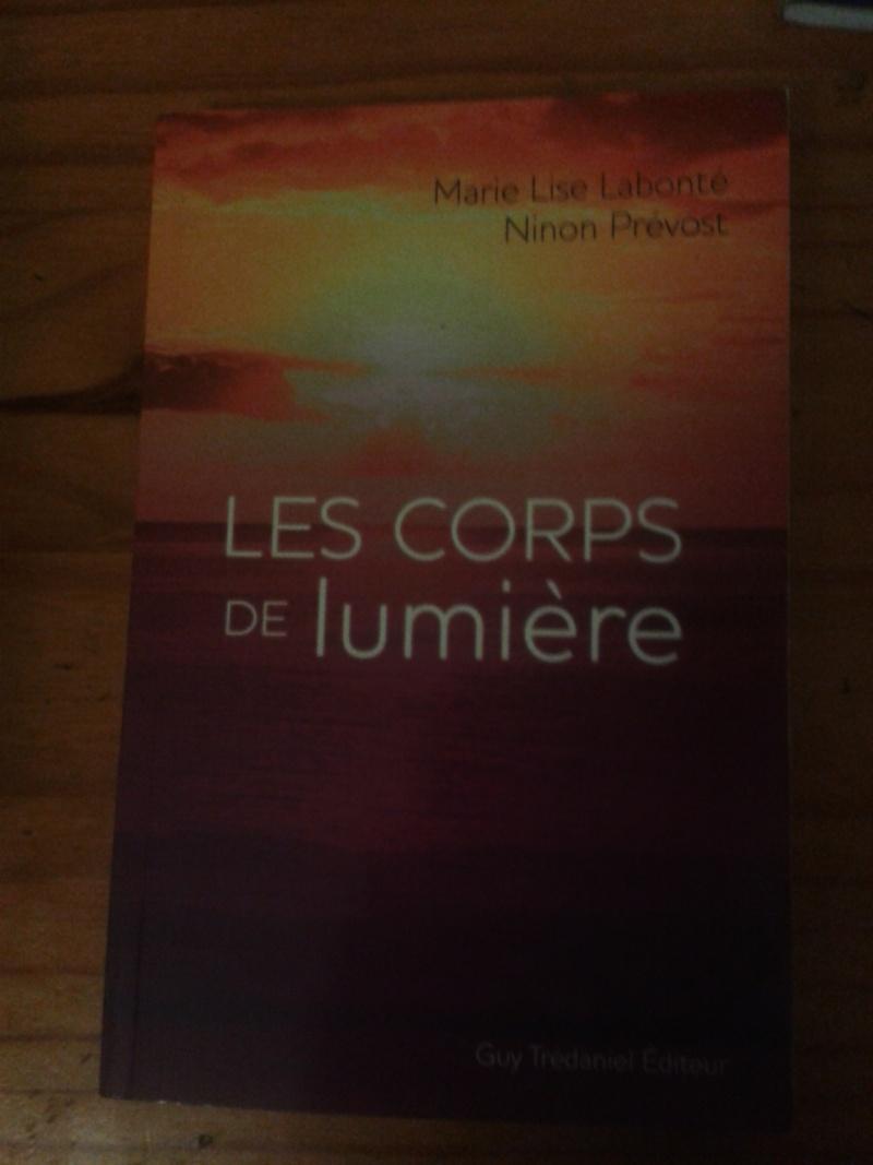 Livre: les corps de lumière 2013-039