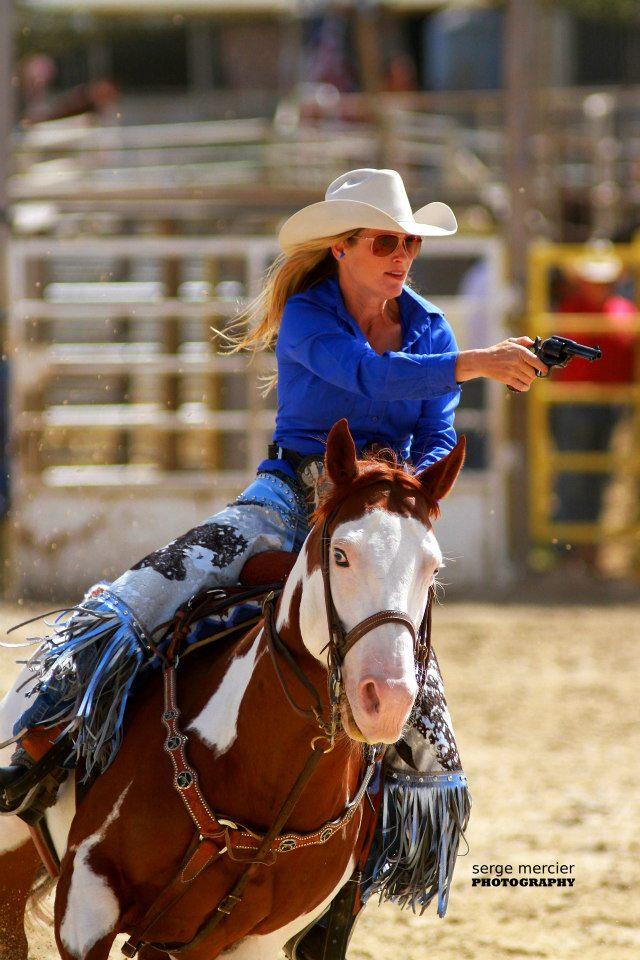 Cowboy Mounted Shooting :)  Kenda_12