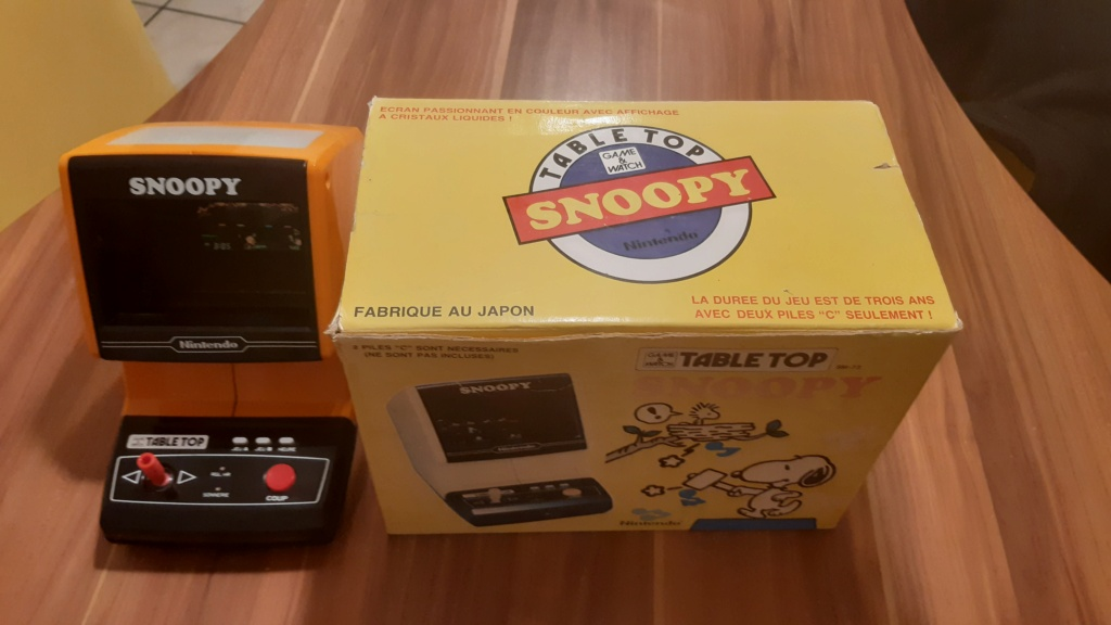 VENDS TABLE TOP SNOOPY 20210213