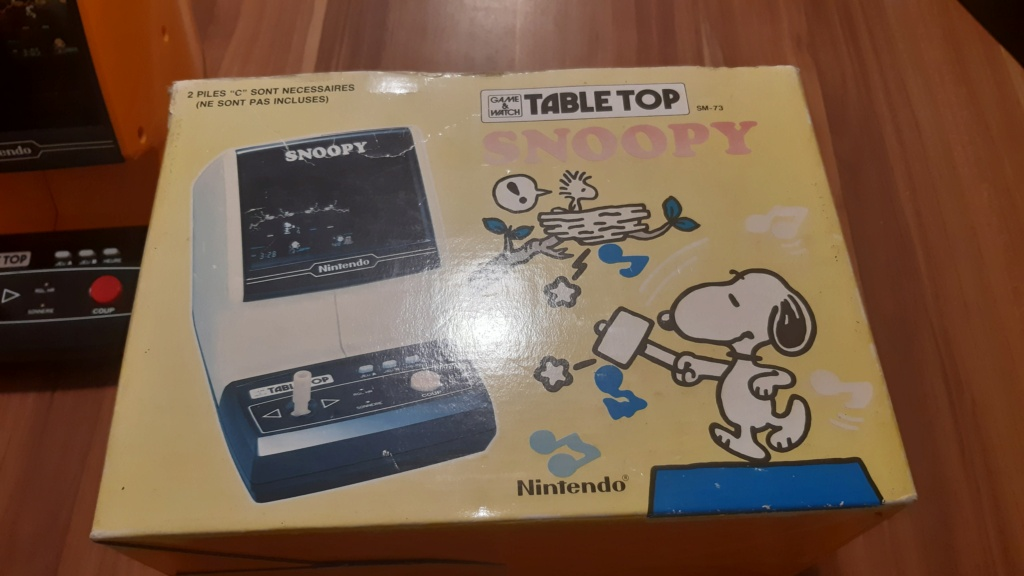 VENDS TABLE TOP SNOOPY 20210214