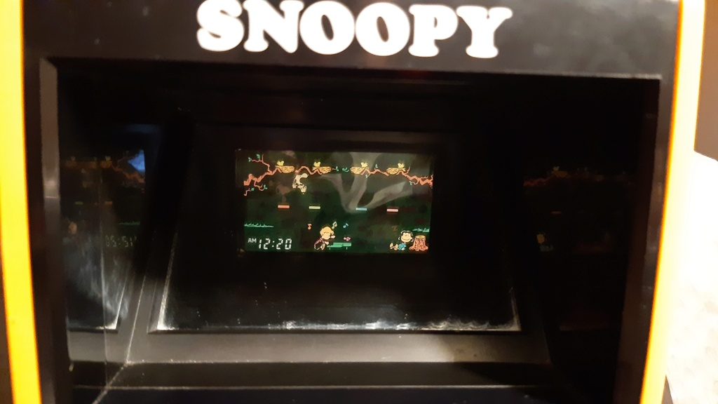 VENDS TABLE TOP SNOOPY 20210224