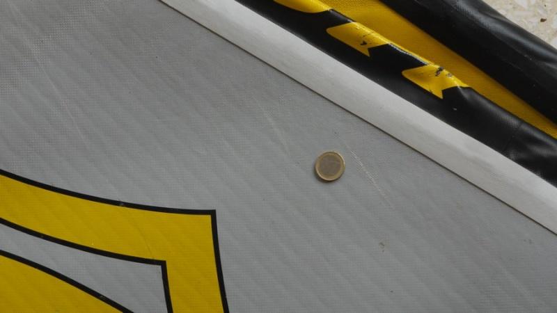 réparation paddle gonflable Scratc11