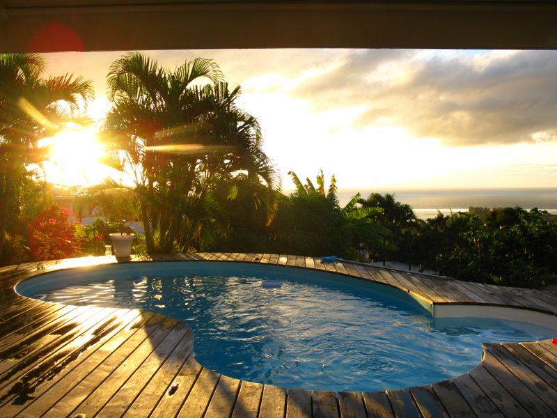 Une piscine à Tahiti Piscin12