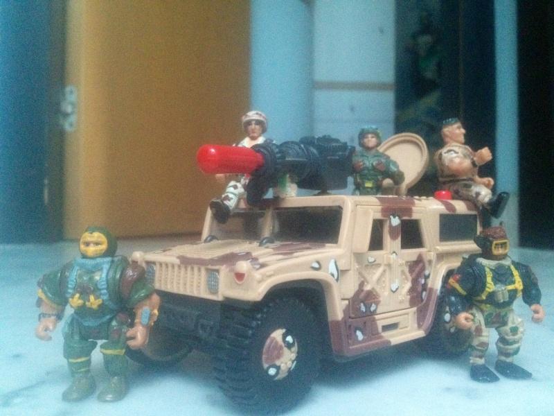 """CERCO """"TIPI TOSTI"""" della GIG soldatini muscolosi - scambio anche con giocattoli Jurassik Park Foto11"""