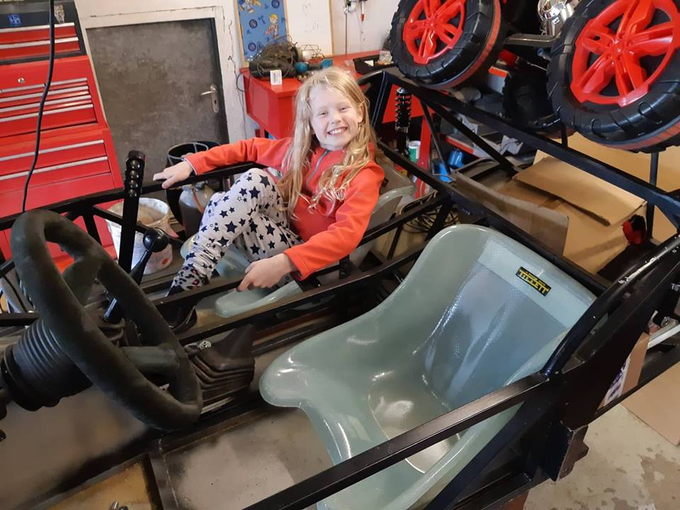 Just another corolla - DIY Caterham frame 7age and ´93 Liftback RWD - Page 9 Tillet24