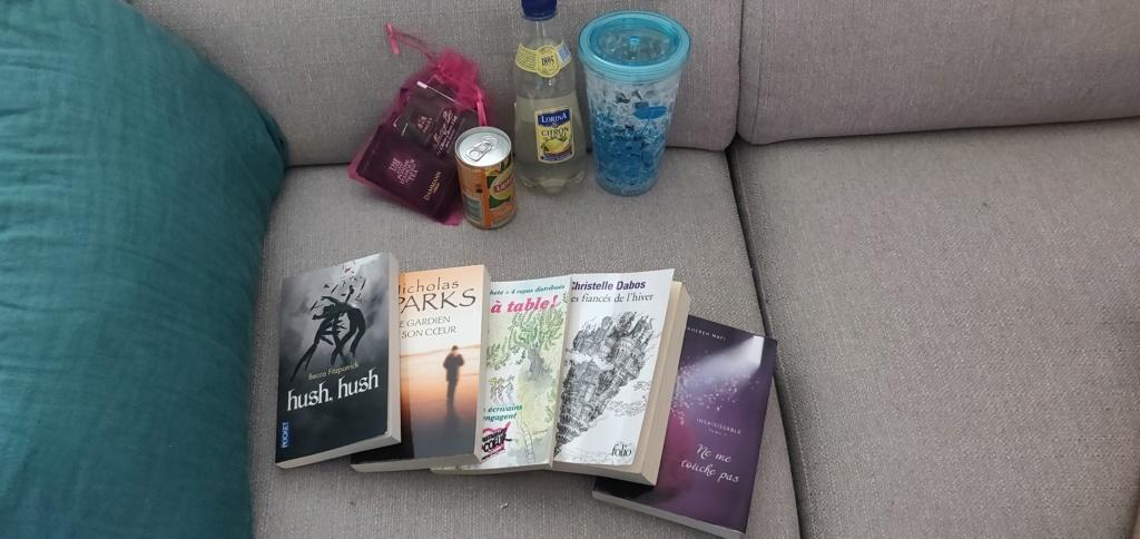 Biblio swap - lesctures estivales [4/4 photos postées] Img_2012