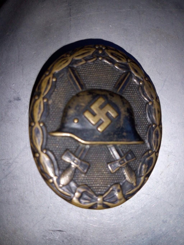 Badge blessé allemand WW2 authentique ? Img_2074