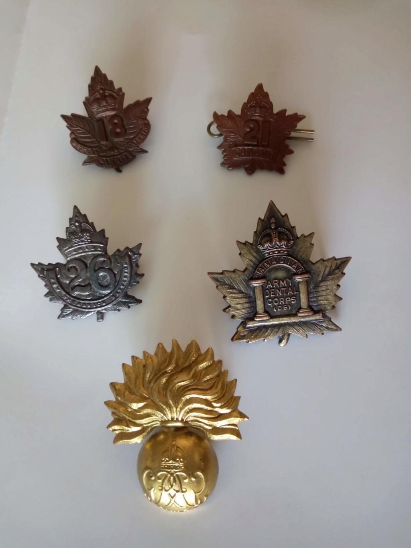caps badges canadiens ww1 Img_2118