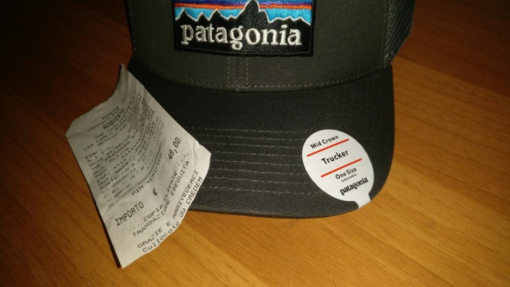 [vendo][nuovo] cappello PATAGONIA P-6 LOGO TRUCKER Img_2088