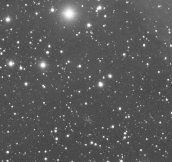 M45 luminance et... un trou de vers :-) Trou_d10