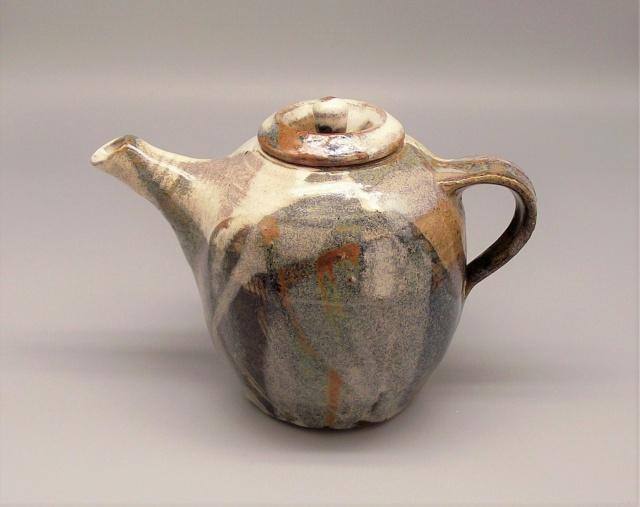 Stoneware Teapot with Glaze Filled Impressed Marks Dscf8510