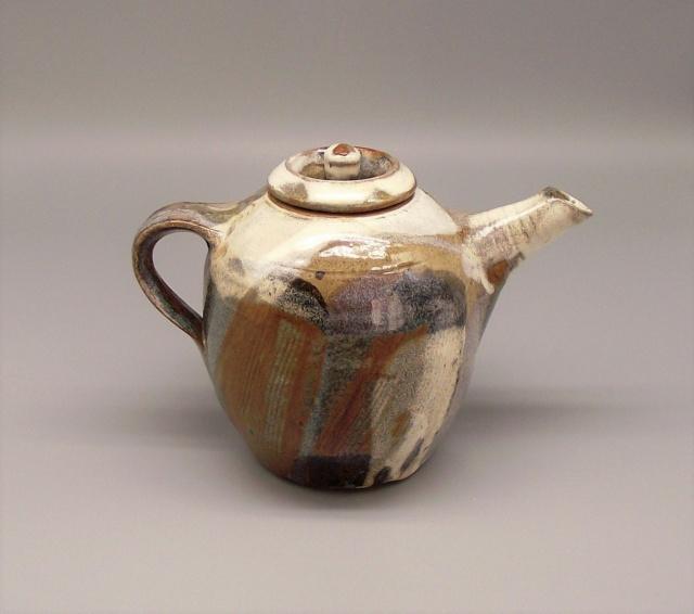 Stoneware Teapot with Glaze Filled Impressed Marks Dscf8511