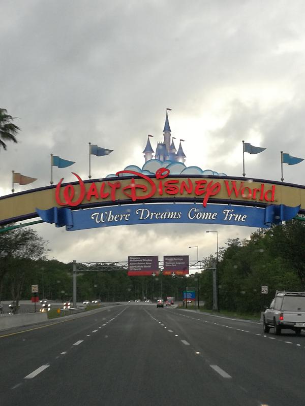 """The happiest place on Earth""  Walt Disney Wolrd Port Orléans Riverside du 11 au 20 Avril 2018 - Page 10 Img_2037"