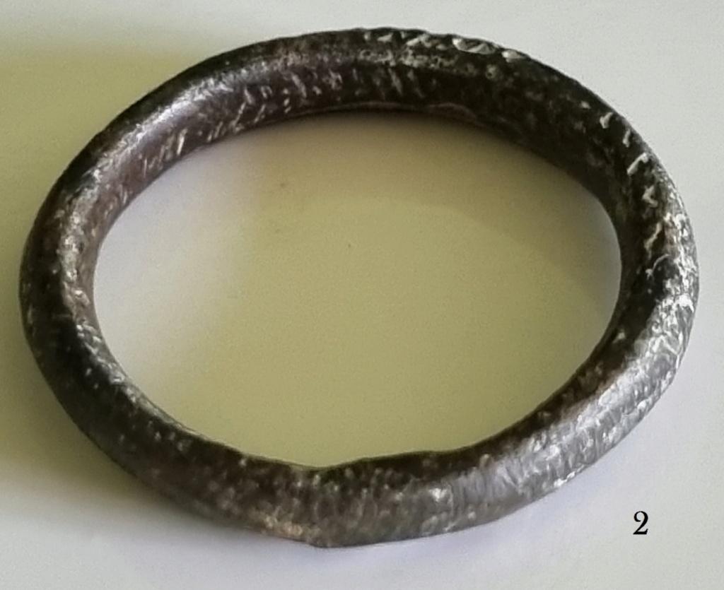 Aide pour identification de ces deux anneaux ? Merci d'avance 20210511
