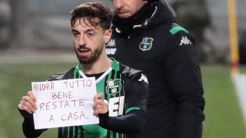 """12/03/2020: all'asta la maglia di Ciccio Caputo: """"Piccolo gesto per la sanità in Puglia"""" Ciccio10"""