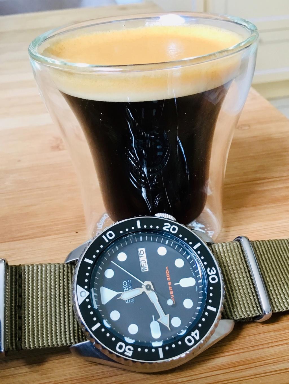 Pause café et montre (toutes marques) - tome III C50faf10