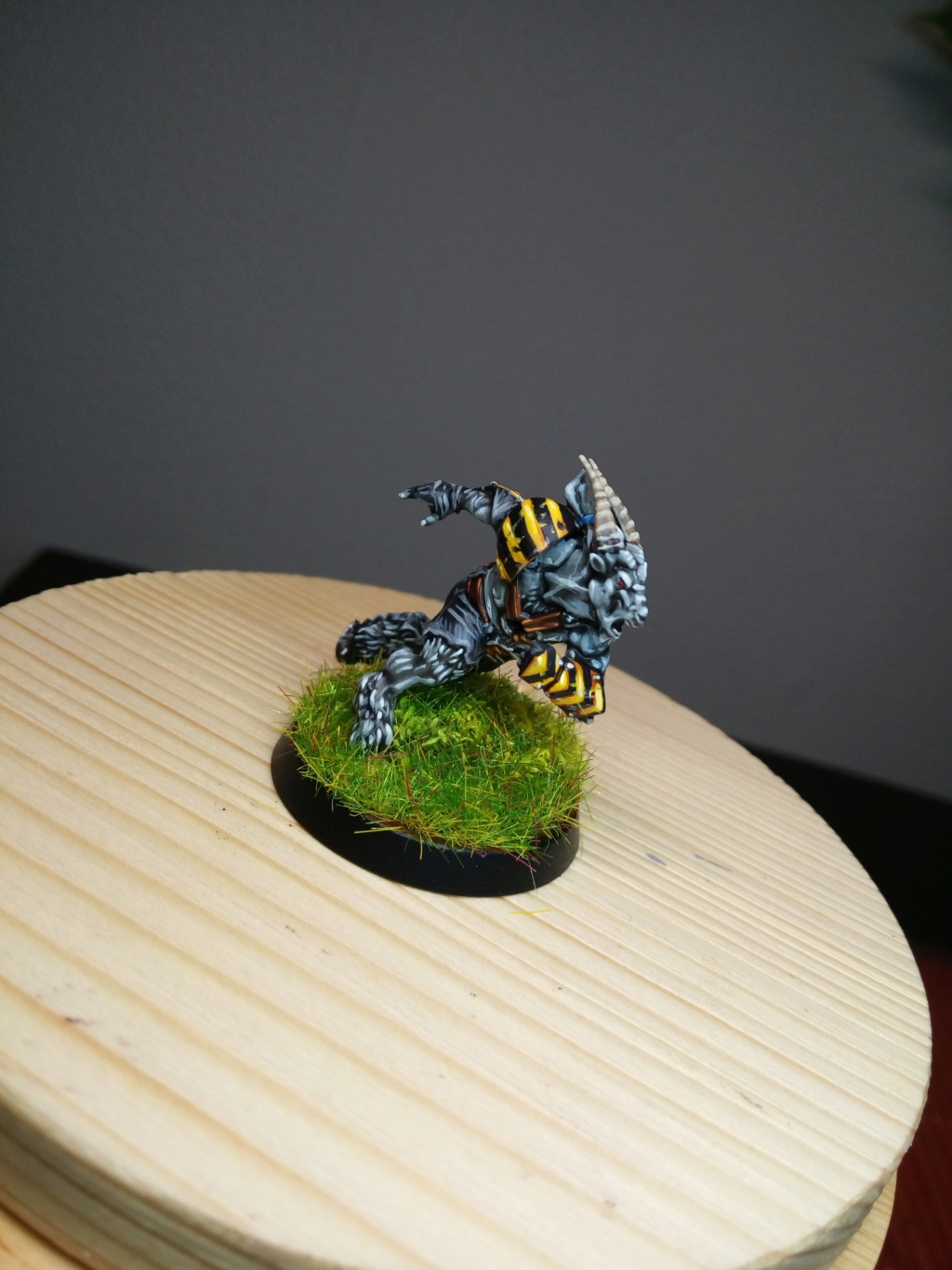The DINKY TOYS / Chaos Chosen BloodBowl Team Dinky_17