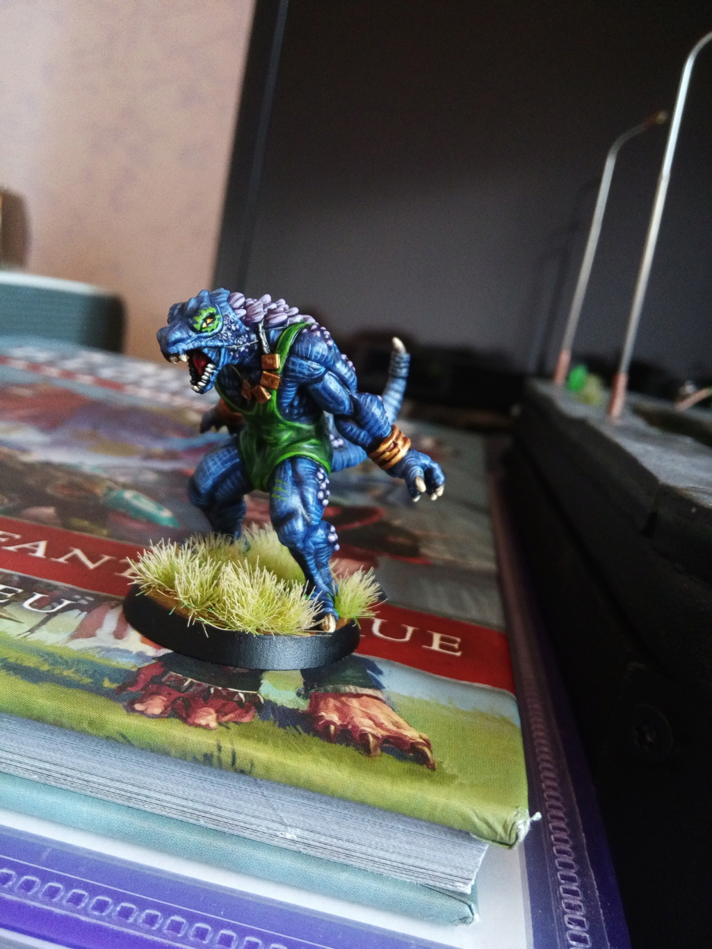 the Snakes of Zadamundra / LizardMen BloodBowl Team Project Img_2083