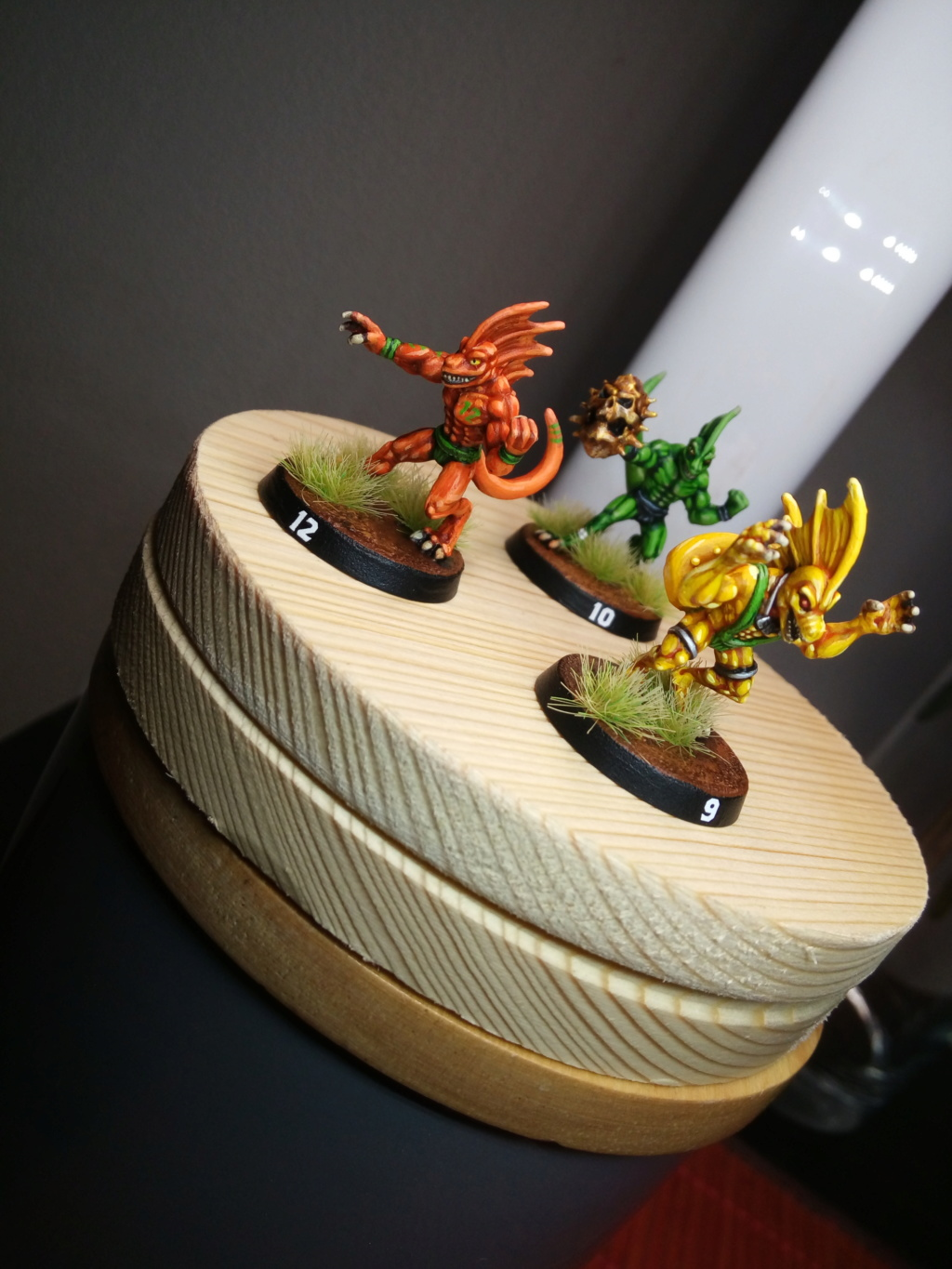 the Snakes of Zadamundra / LizardMen BloodBowl Team Project Img_2203