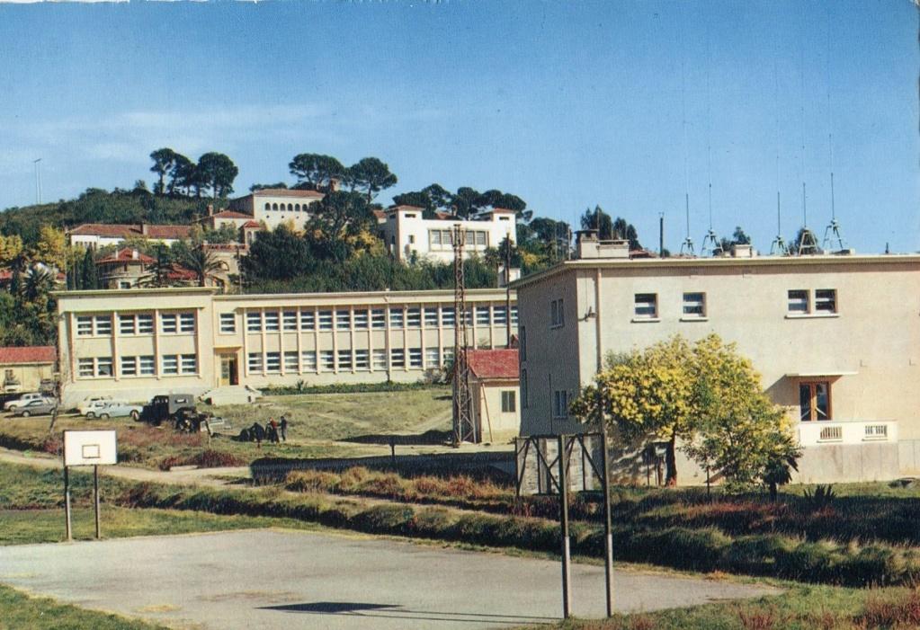 [Les écoles de spécialités] ÉCOLE DE RADIOS LES BORMETTES - Tome 3 - Page 24 Zocole10