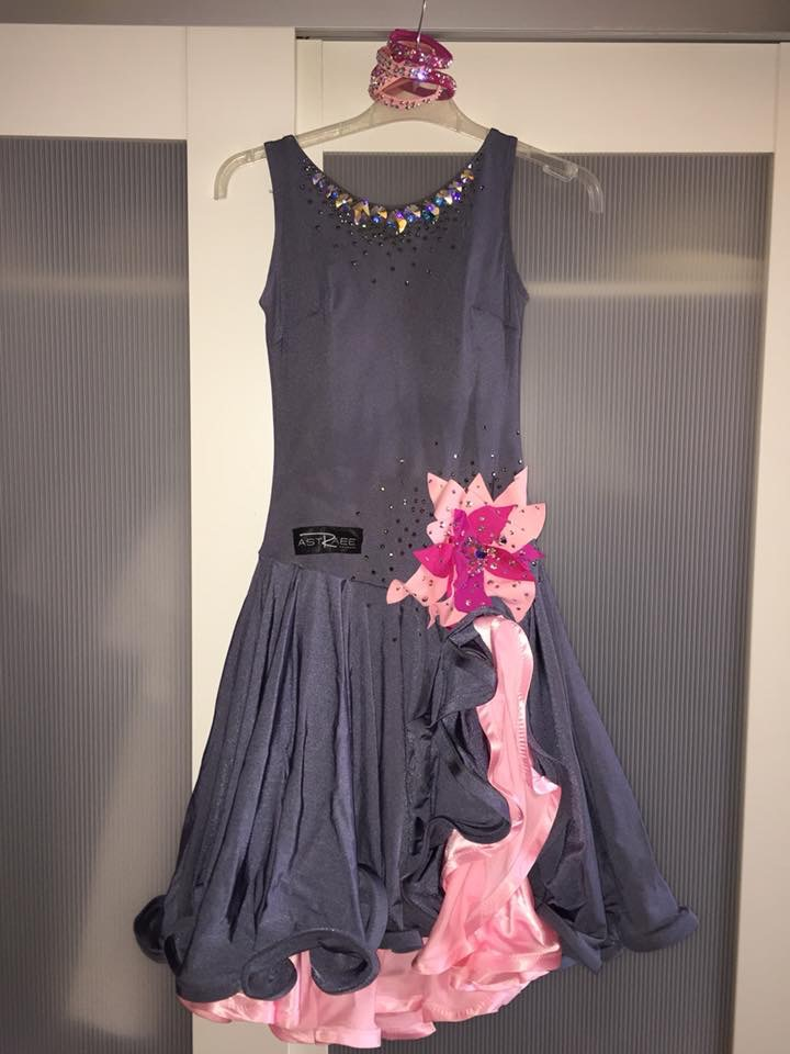 robe latine ASTRAEE Img_1610