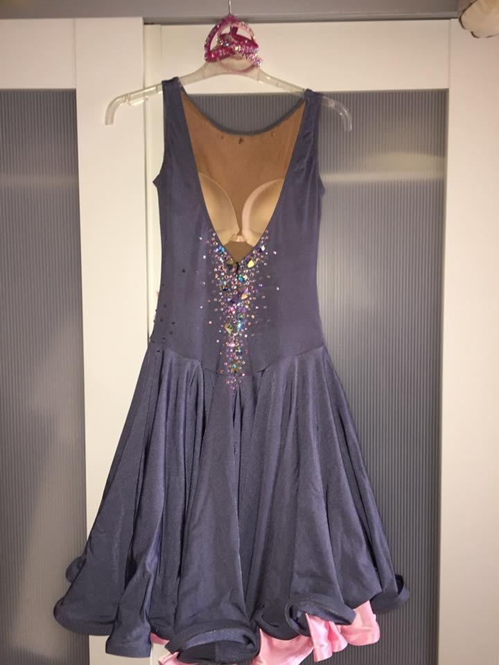 robe latine ASTRAEE Img_1611