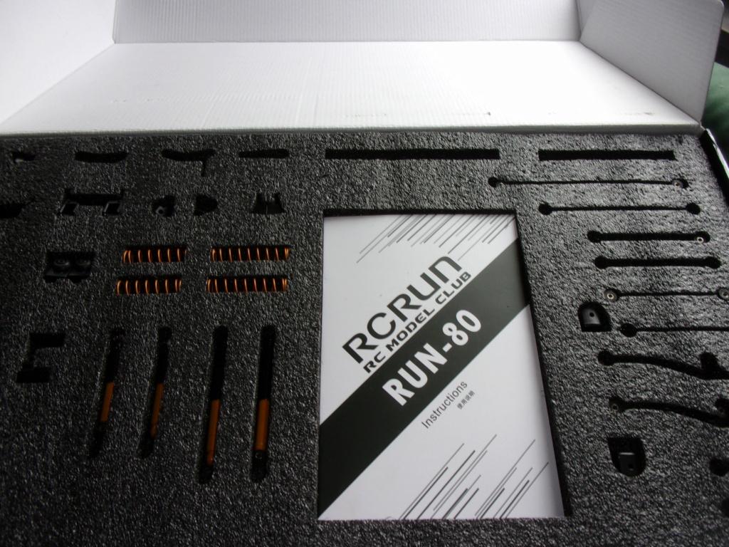 Nouveauté Chassis RC RUN 1:10 LC80 Kit 100_0035