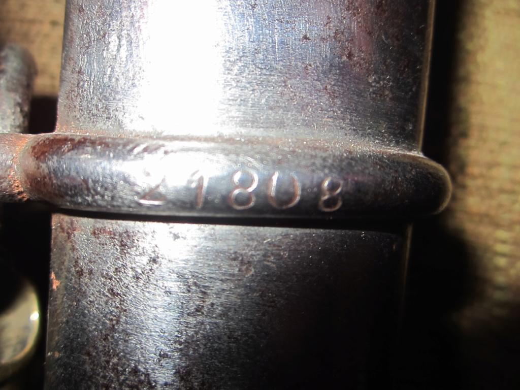 Sabre de 1885, mais de qui ? Img_3521