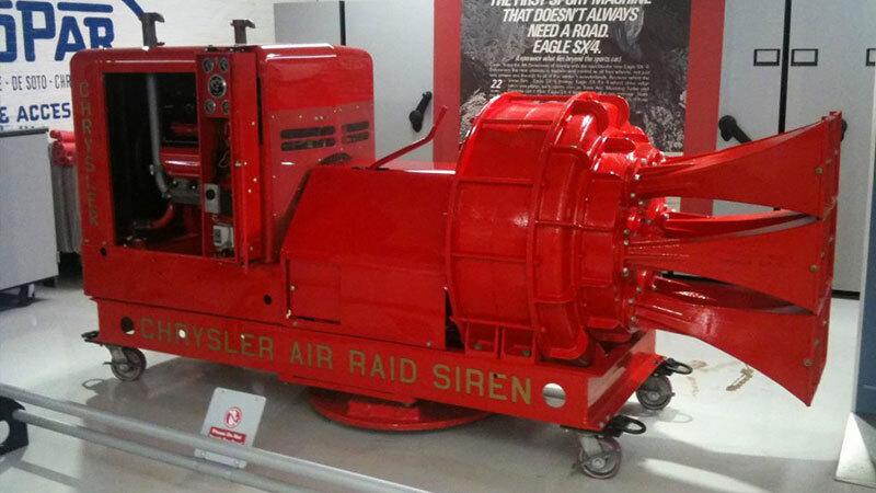 Comment fonctionnaient les sirènes de guerre (Chrysler V8 Air Raid Siren). Sirene10