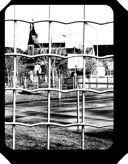 Очарование Франции в черно-белом облачении 52_5213
