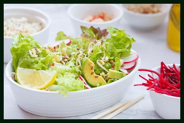 Салат из весенней зелени. Блюдо Остары Photoe13