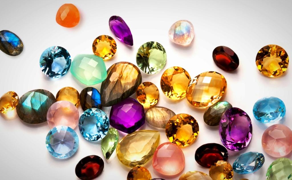 Лечение драгоценными камнями   15919510