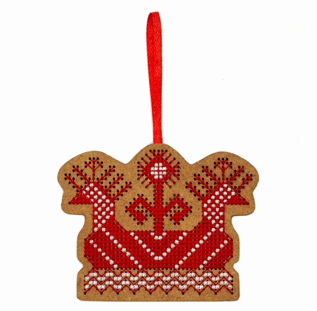 Красная мартовская нить 60111710