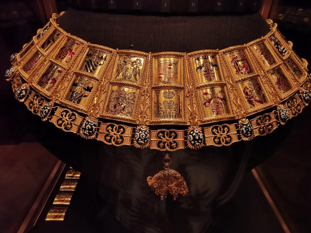 Le trésor impérial des Habsbourg  - Page 2 610